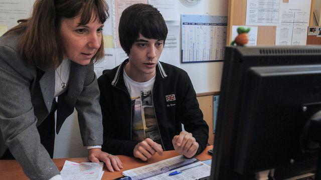recherche emploi jeune 16 ans - La recherche d'emploi