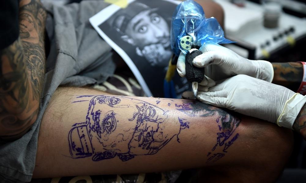 recherche emploi tatoueur